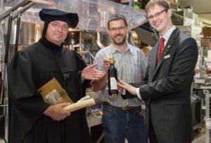 Eigenen Rotwein zum Lutherjahr 2017