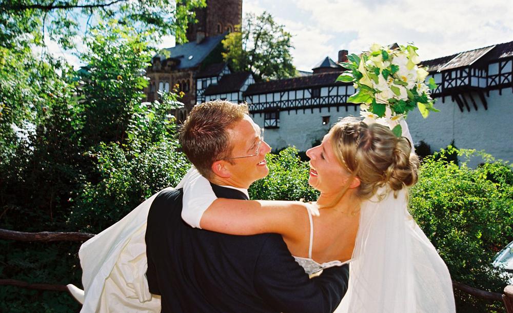 Hochzeitspaar auf der Wartburg