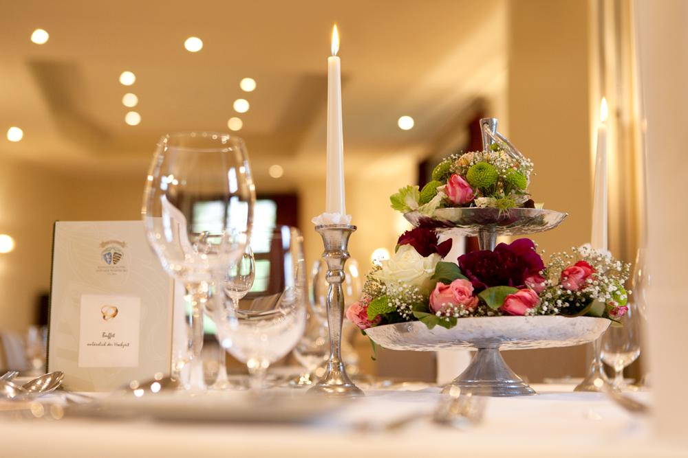 Hochzeitstafel im Romantik Hotel Wartburg in Eisenach