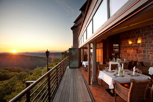Burgfrühstück auf der Landgrafenterasse im Romantik Hotel auf der Wartburg