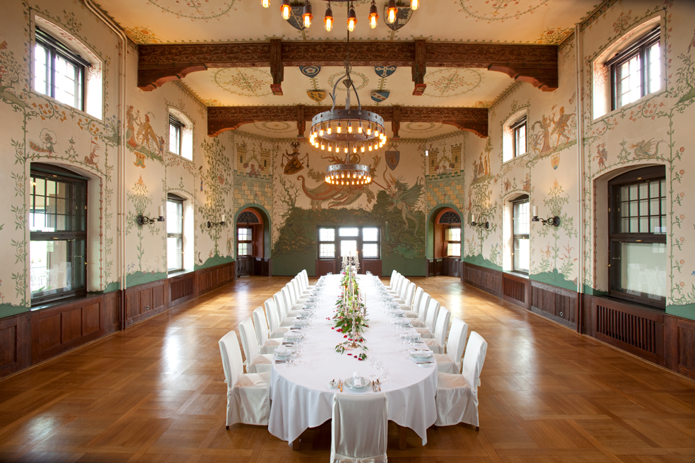 Weihnachtsfeier im Wappensaal vom Wartburghotel in Eisenach
